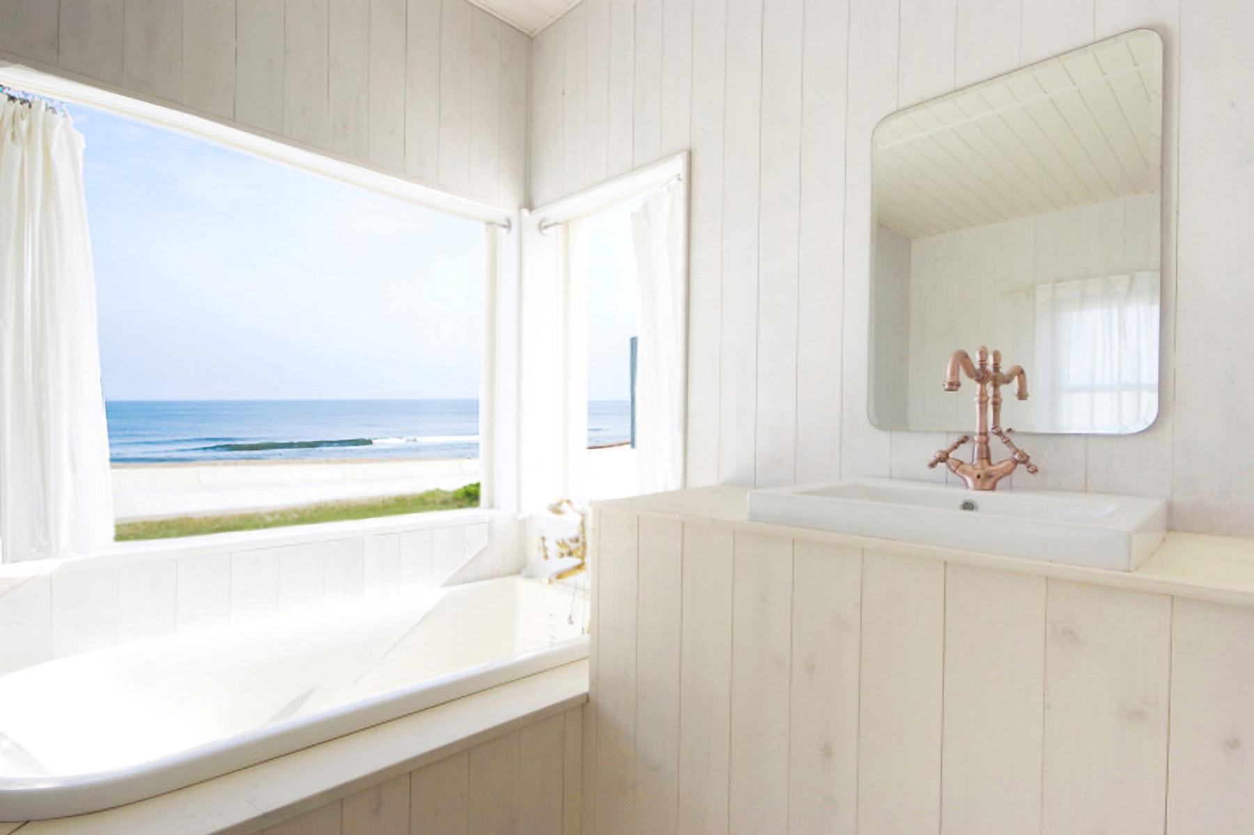 STUDIO iiwi 鹿嶋  (スタジオ イーヴィ)海の見えるバスルーム