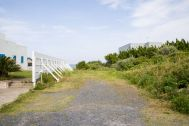 STUDIO iiwi 鹿嶋  (スタジオ イーヴィ):駐車場