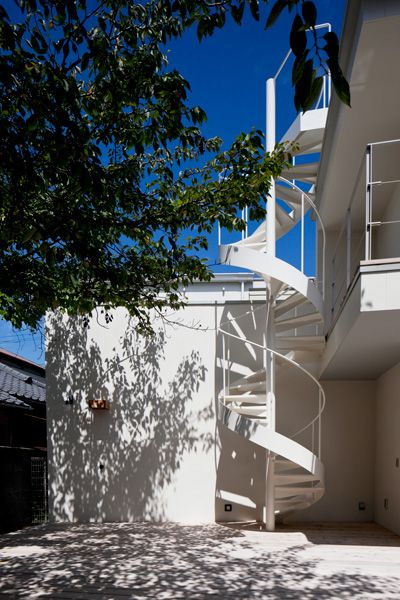 Seaside Hayama / 個人宅螺旋階段