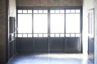 STUDIO FOGLIA 1st (スタジオ フォグリア 1st):シックな黒の4枚ドア