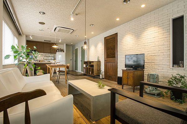 M RESIDENCE/個人宅 (エム レジデンス)さまざまな素材感の詰まった空間