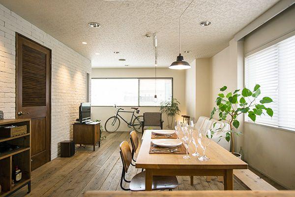 M RESIDENCE/個人宅 (エム レジデンス)古木の床、白い壁面がベースです
