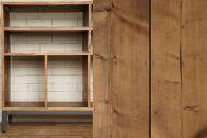 M RESIDENCE/個人宅 (エム レジデンス):飾り棚は、雑貨の物撮りに最適です