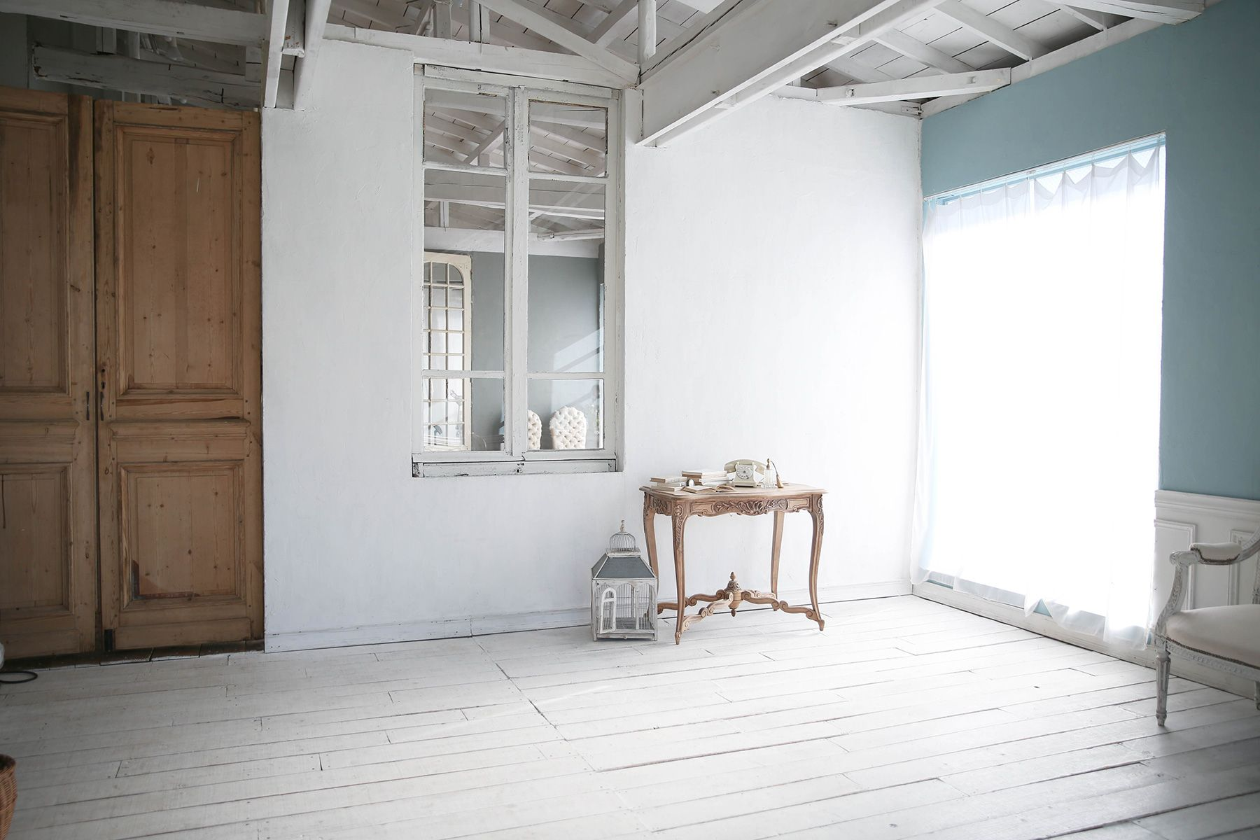 studio itto 目黒碑文谷2Fst (スタジオ イット)南側 白壁