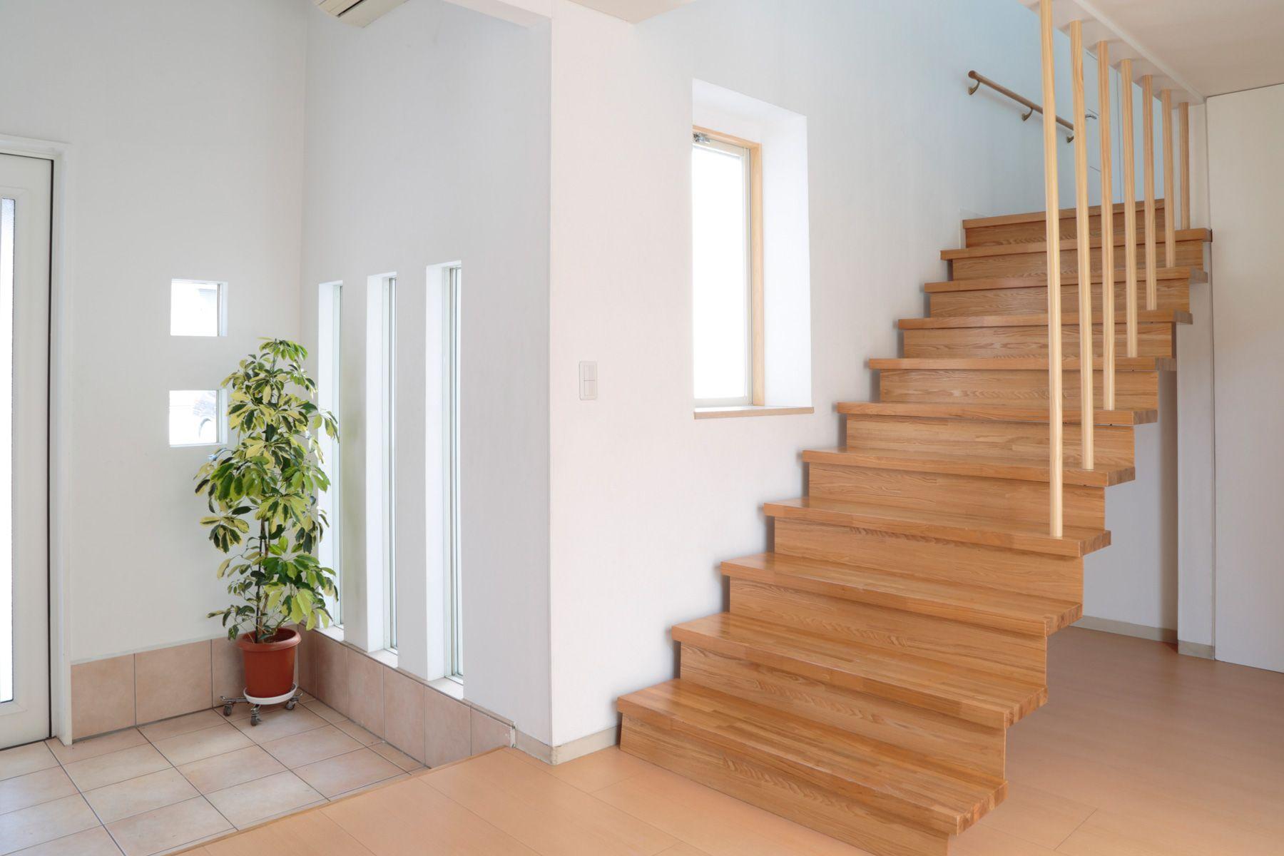 つつじが丘キッチン&ハウススタジオ1F_階段
