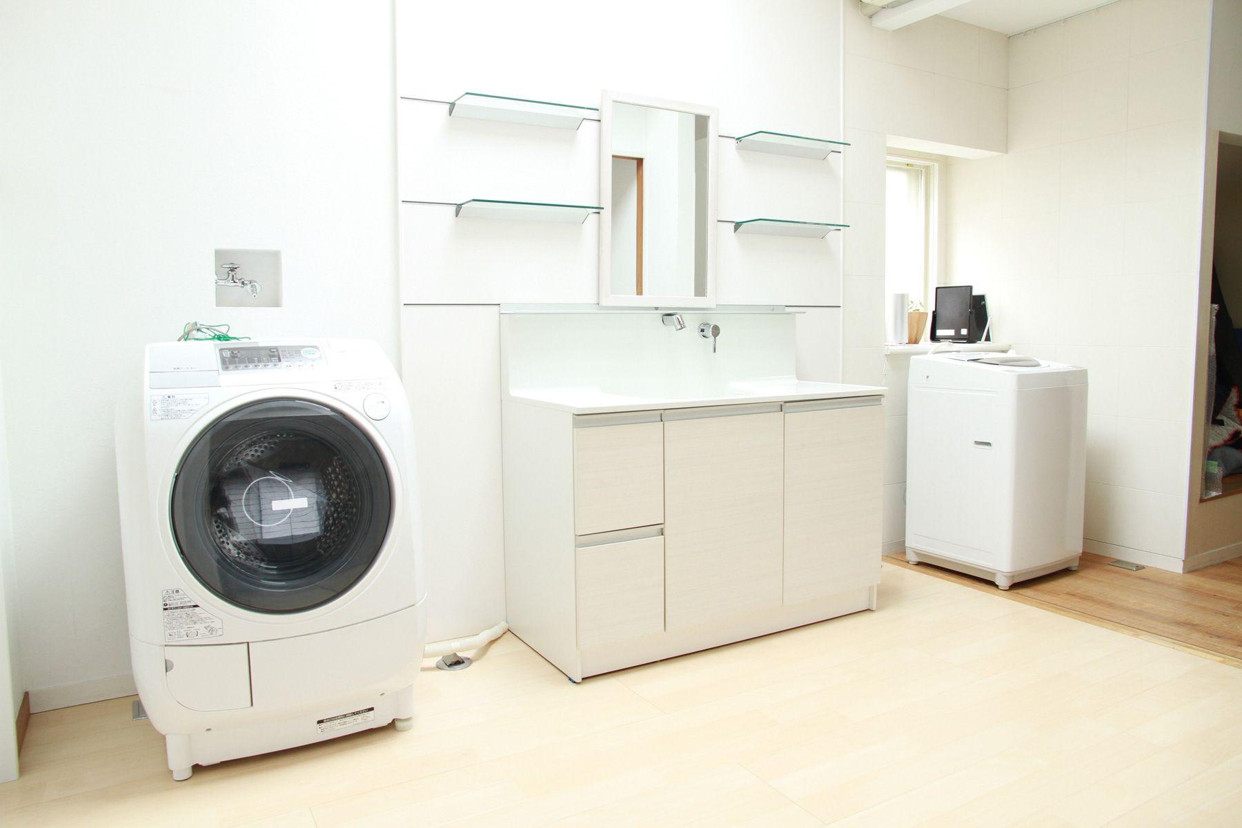 つつじが丘キッチン&ハウススタジオ2F_洗濯機、洗面台