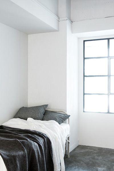 LEBEN SHARE HOUSE (レーベンシェアハウス)ベッド