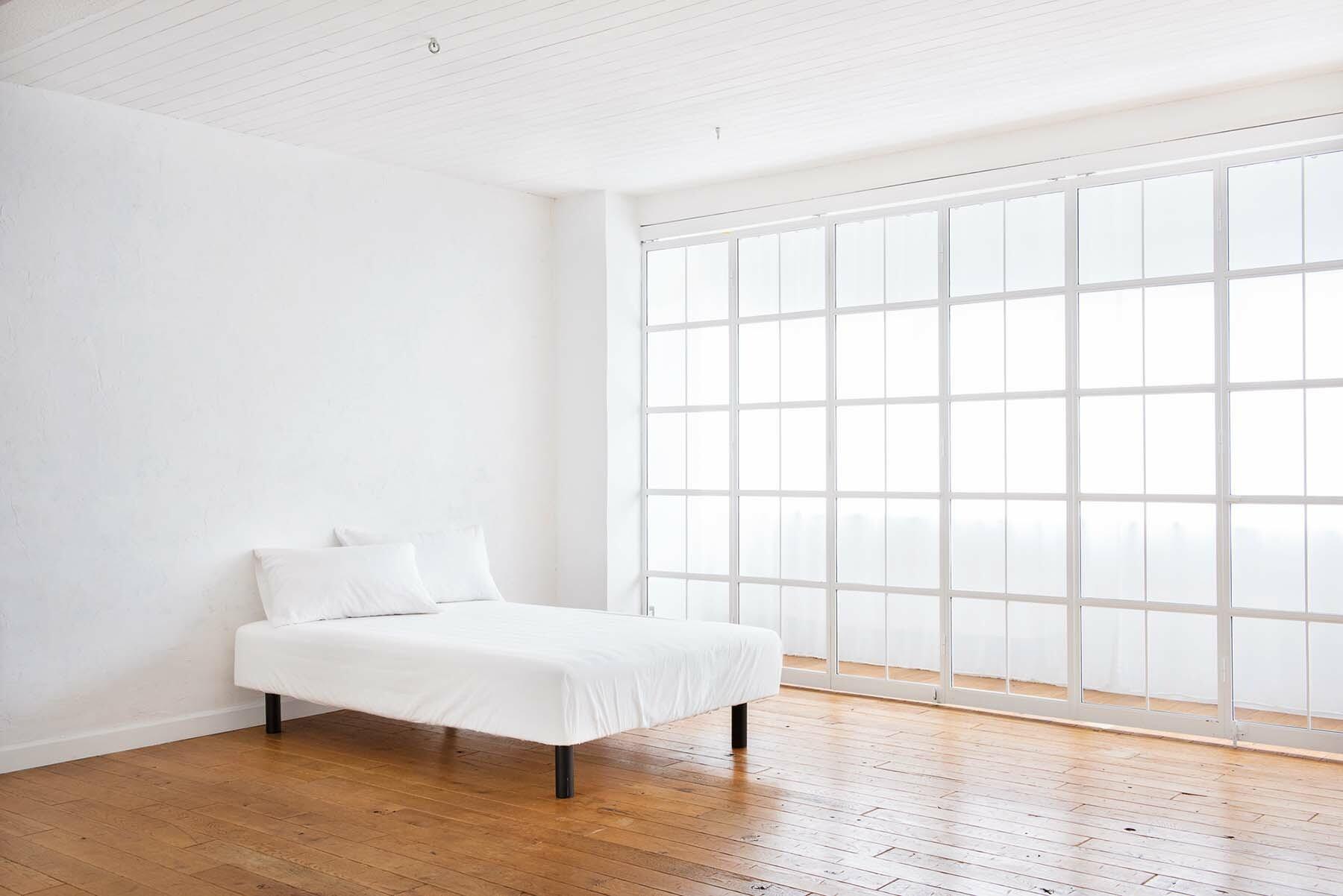 StudioBRICK 3F (スタジオブリック八丁堀3F)奥行きのある窓ぬけ