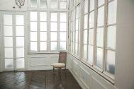 Studio Lulu 狛江:シャビー扉の壁