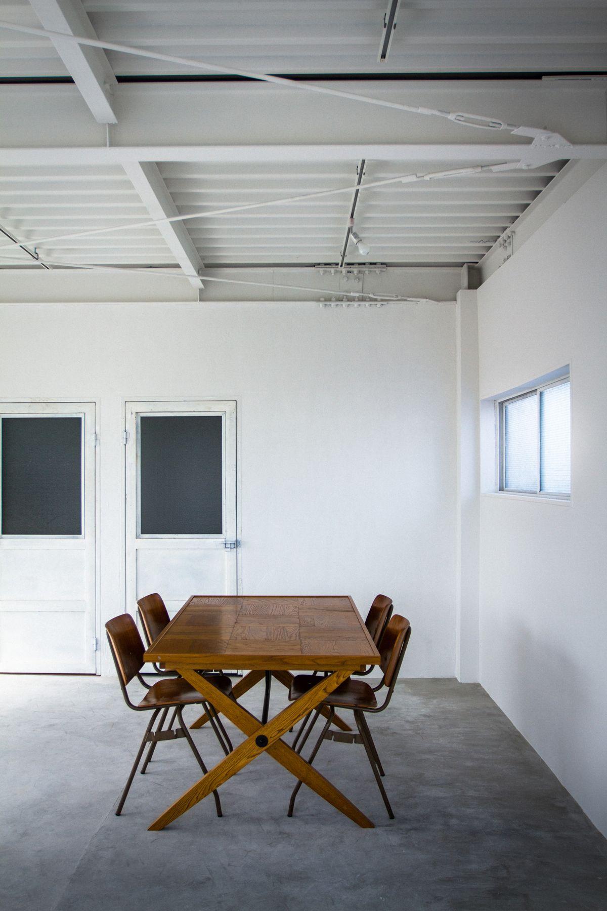 HEFT WHITE APARTMENT (ヘフト ホワイトアパートメント)
