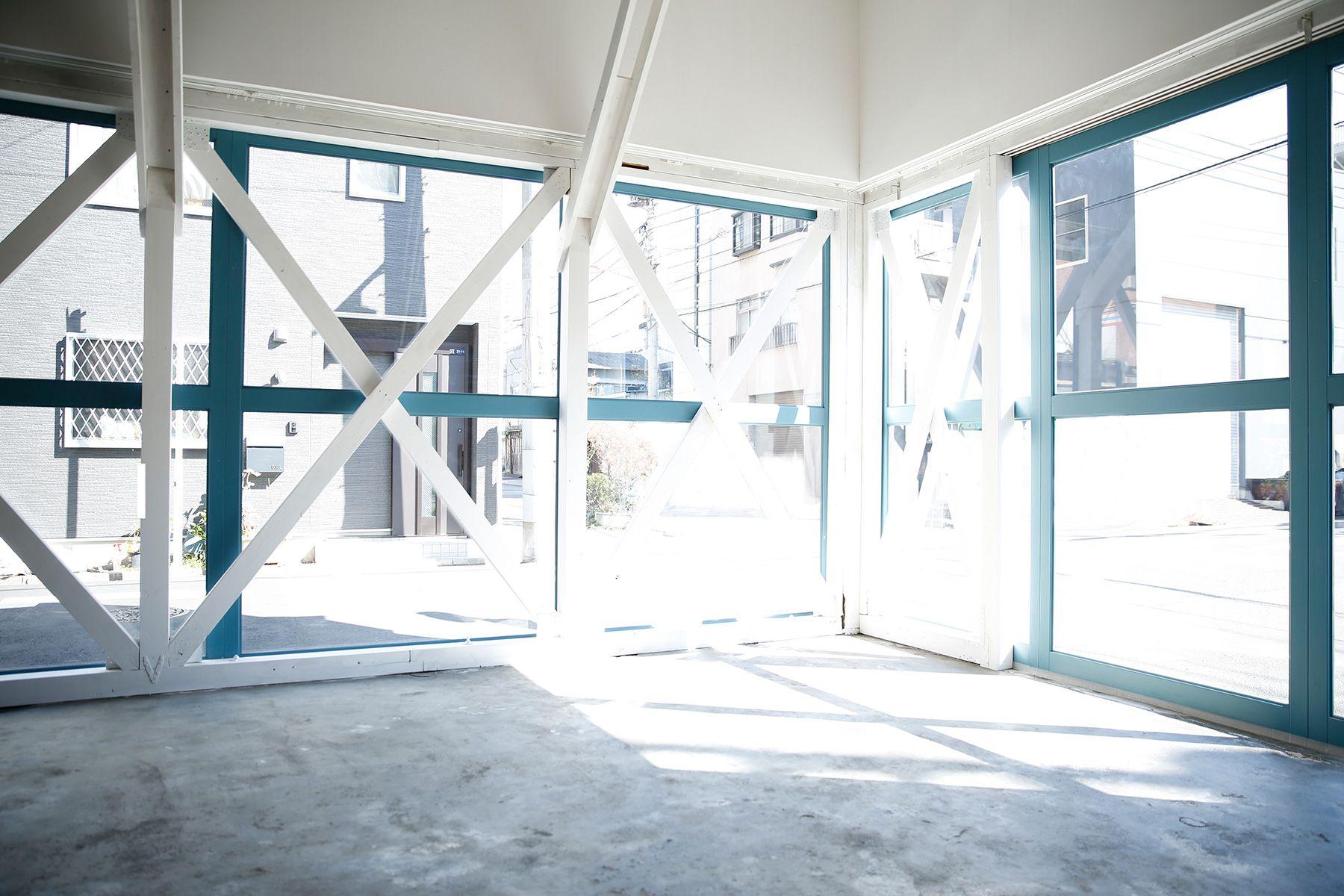 studio PEANUTS (スタジオ ピーナッツ)2F/光が美しいシンプルな空間
