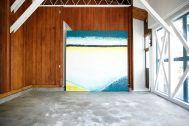 studio PEANUTS (スタジオ ピーナッツ):2F/切り替えグレー壁