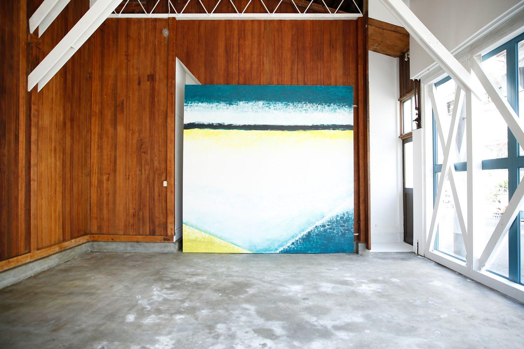 studio PEANUTS (スタジオ ピーナッツ)2F/切り替えグレー壁