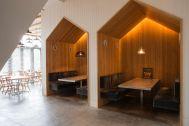 the SOHO studios. (イルニードスタジオマネージメントスペース):CAFE