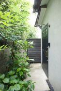 KOTORI HOUSE/個人宅 (コトリ ハウス):玄関(外)