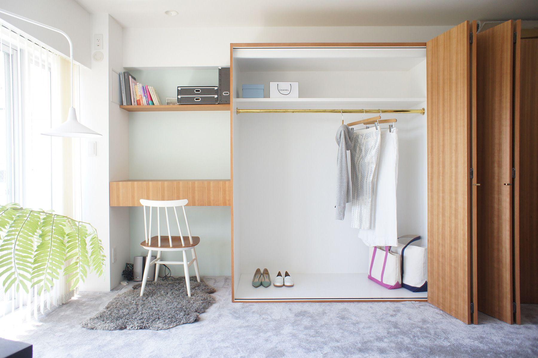 HOLIDAY APARTMENT/個人宅 (ホリデイアパートメント)クローゼットは左半分のみ利用可