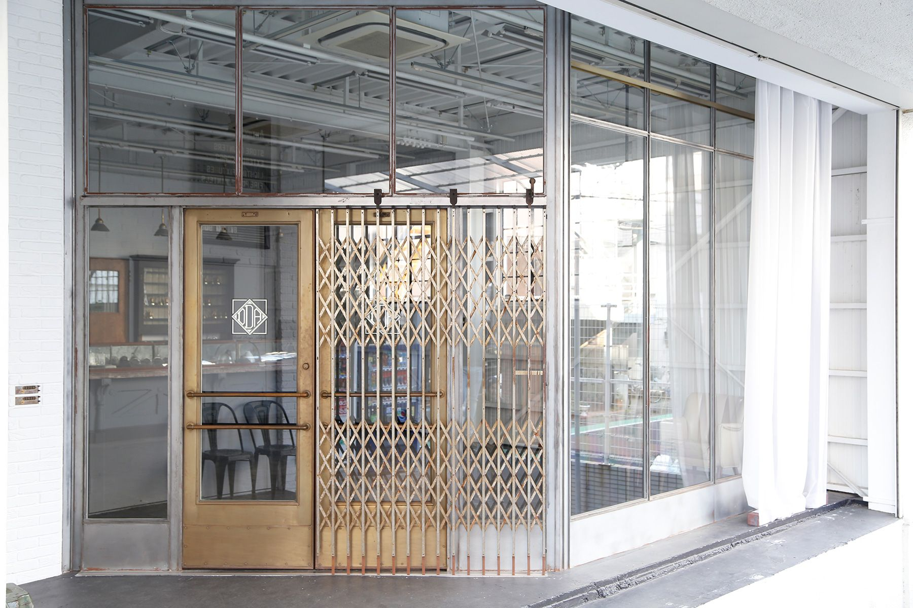 DECADE(ディケード) /FUJIYAMA LOCATION SERVICES