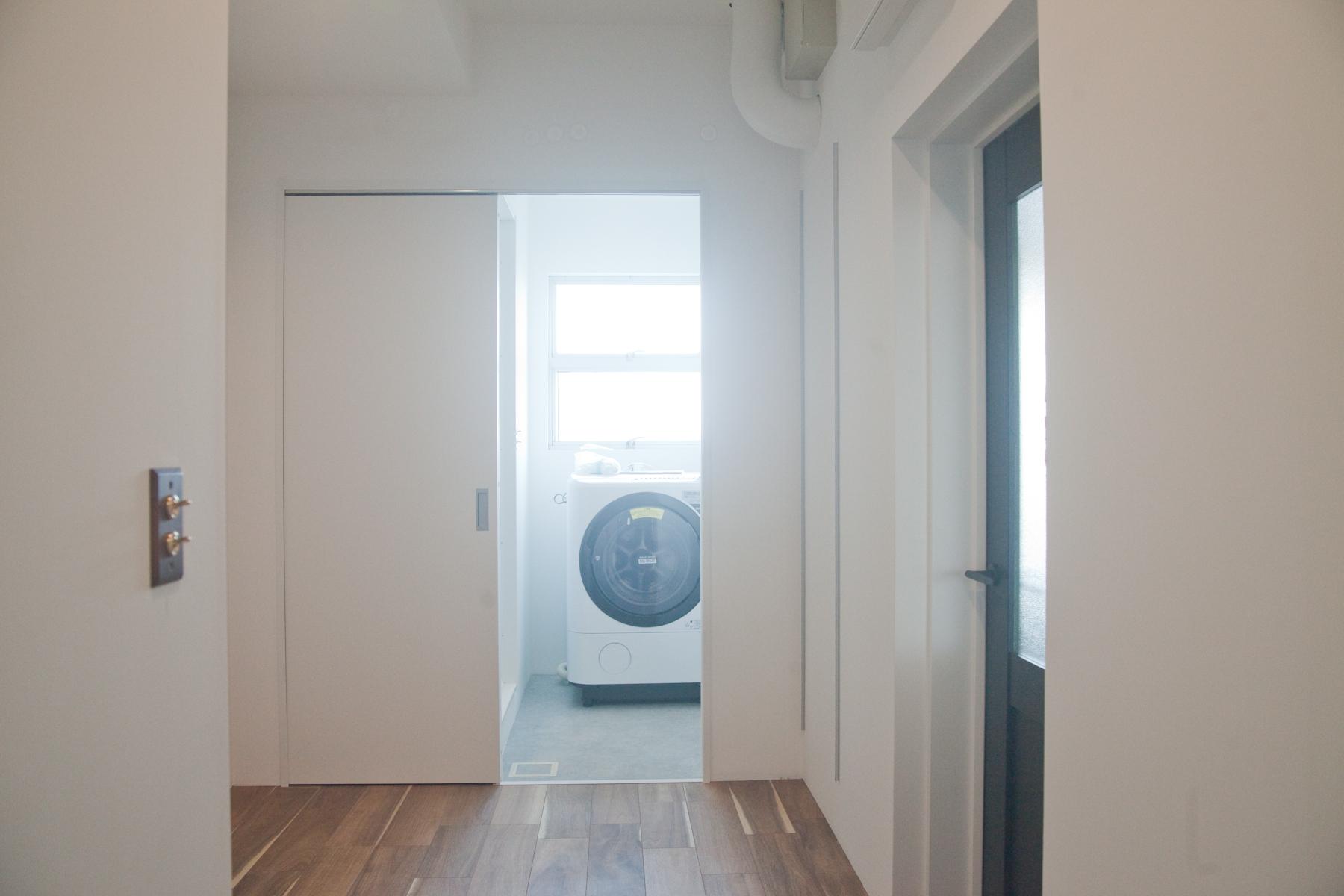 studio Licorne Nero 野沢 (スタジオリコルネネロ野沢)5Fインフィニティウォール