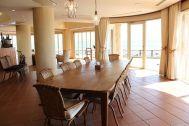 LAGUNA(ラグナ):10人掛けダイニングテーブル