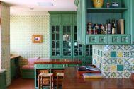 LAGUNA(ラグナ):タイル張りのキッチン