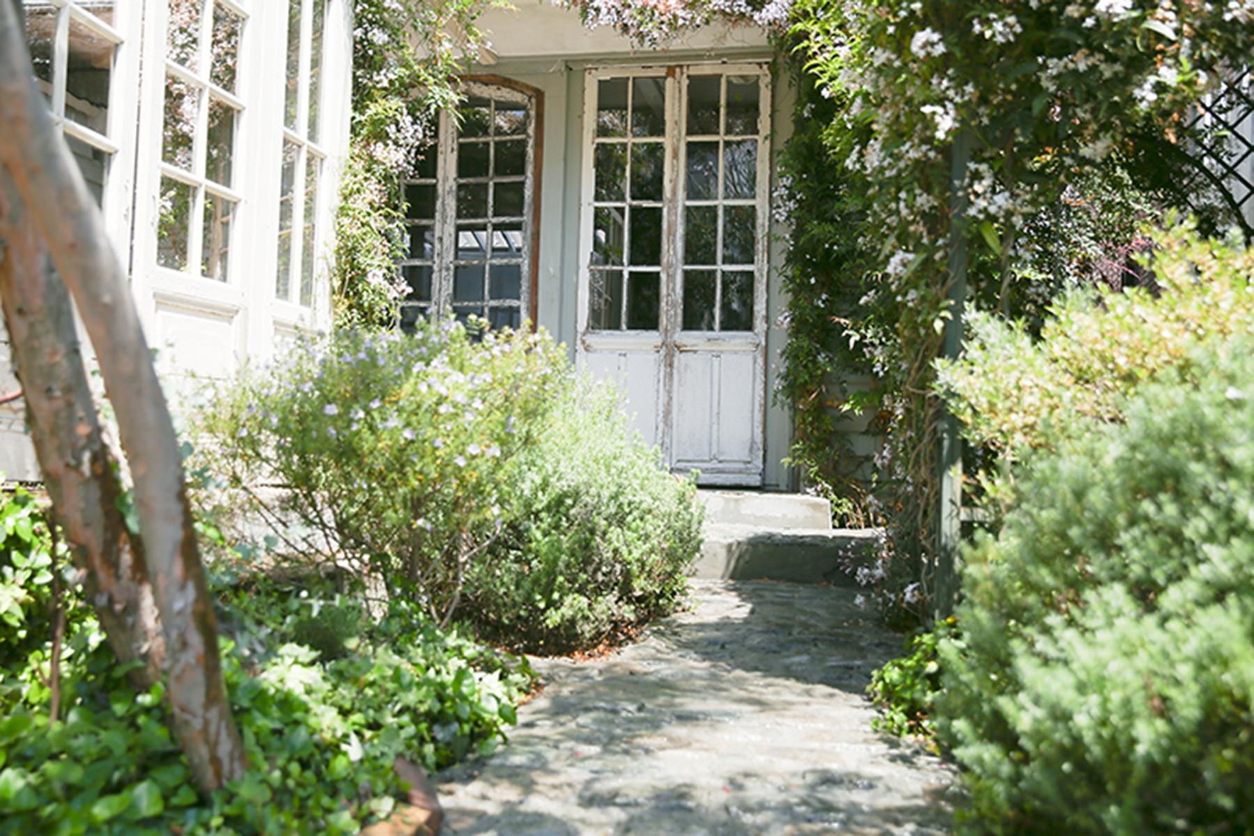 スタジオQue目黒碑文谷 (スタジオキュー)コンクリートの階段