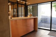 LCI JAPAN STUDIO/青葉台 照明器具ショールーム:内観10 カウンター