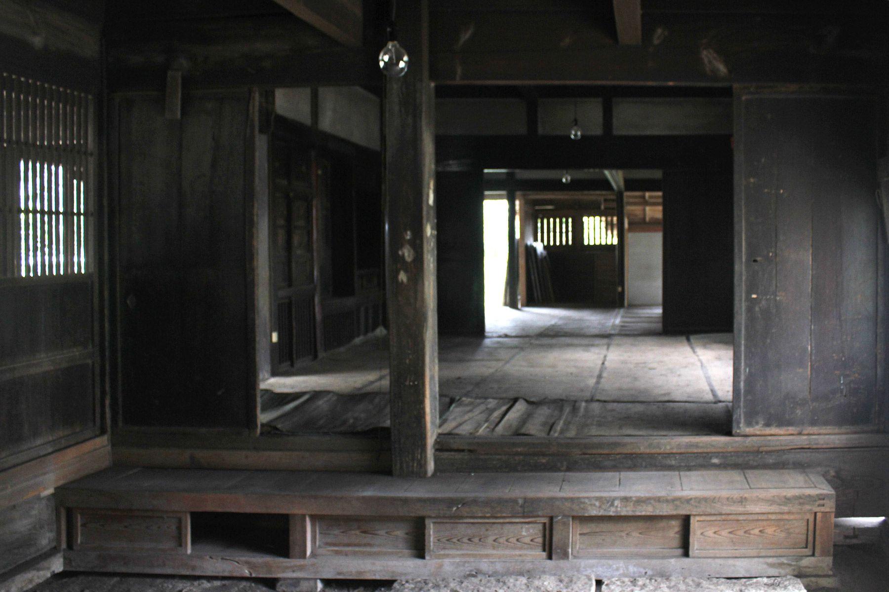 古民家スタジオ 火林荘(かりんそう)土間から和室