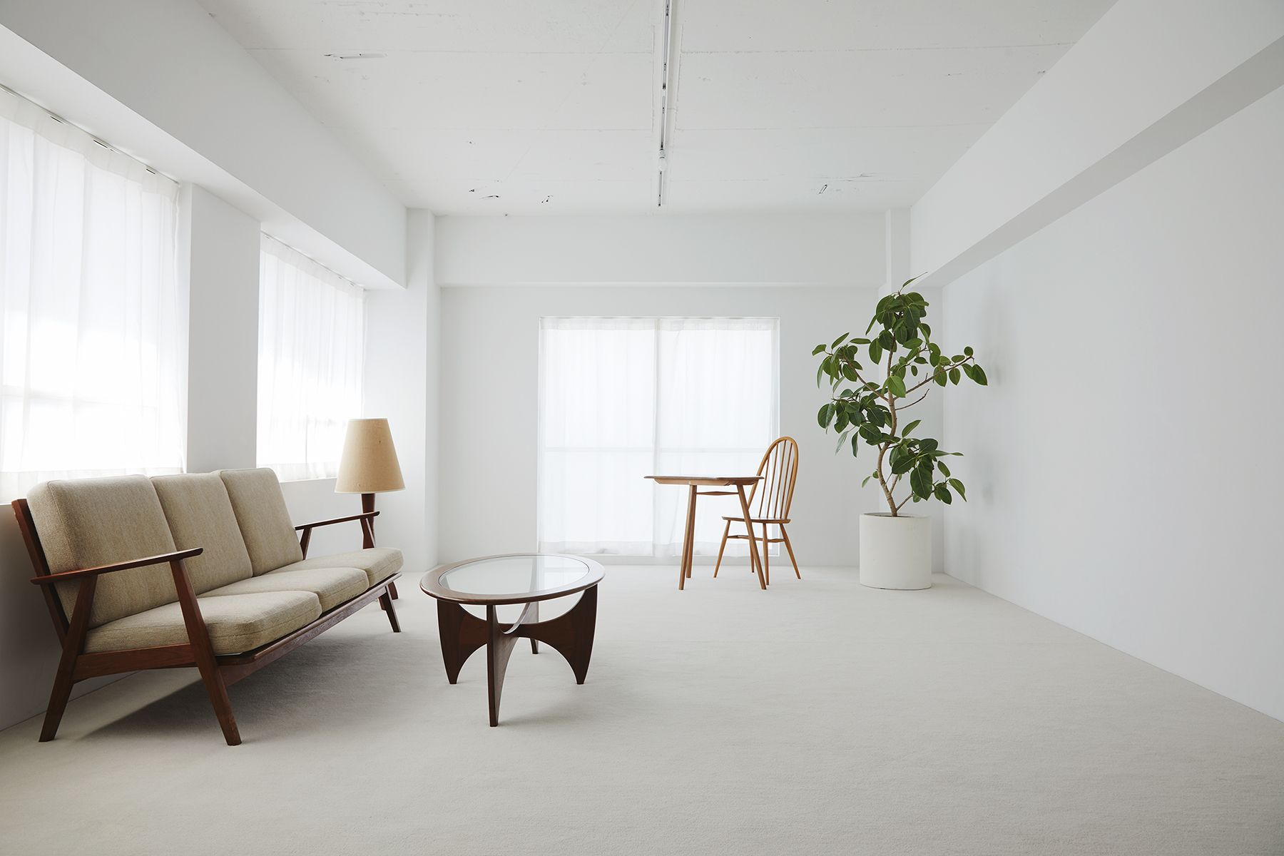 inTHE studio/nakameguro (インザスタジオ/ナカメグロ)WHITE ROOM