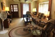 ボイル邸(米軍ハウス):1階リビングルーム