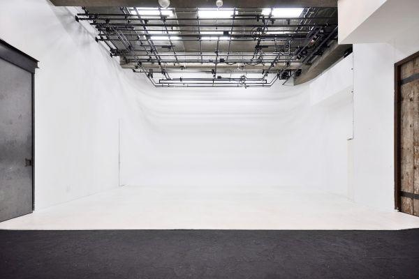 aA studio エーエースタジオ ラ・フェンテ代官山ホリゾントの直壁