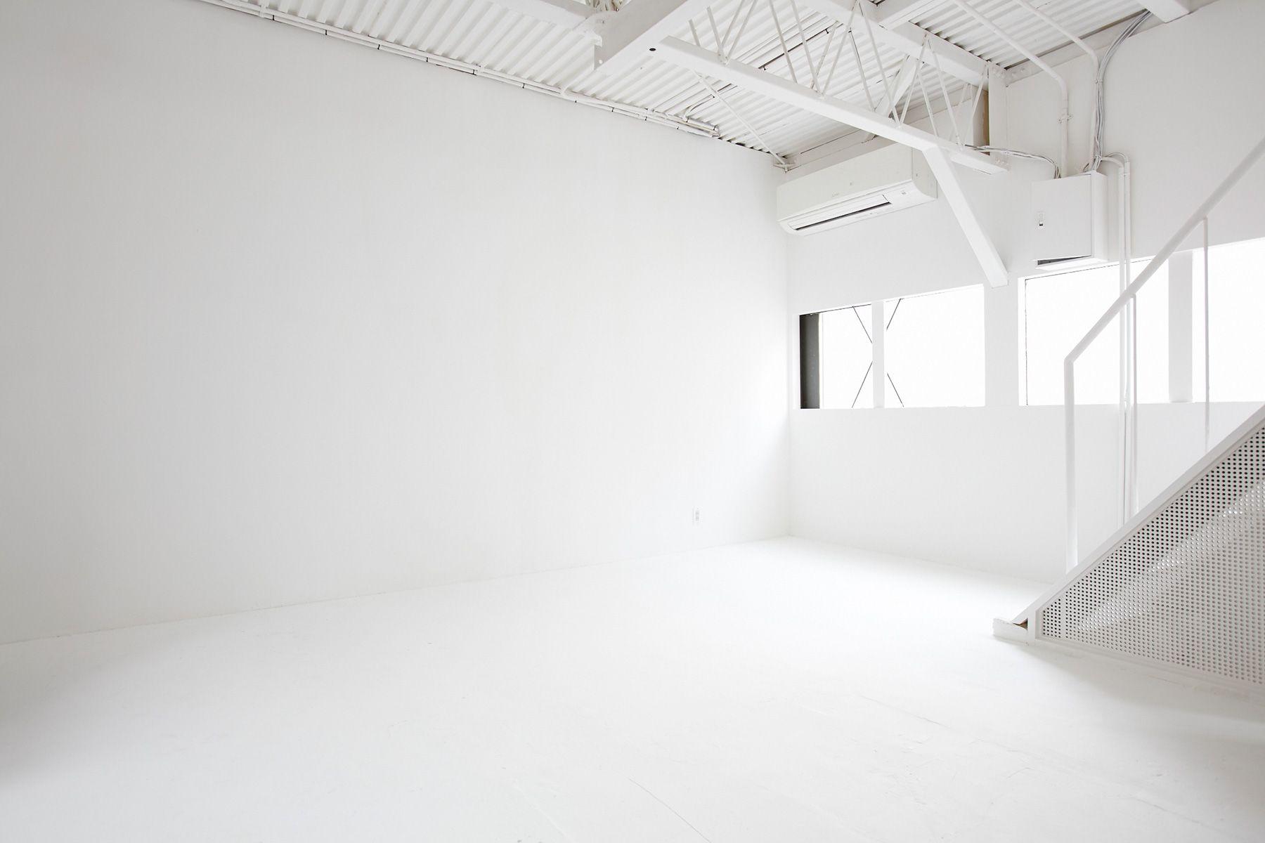 Liquid Studio (リキッドスタジオ)studio2直角白かべ