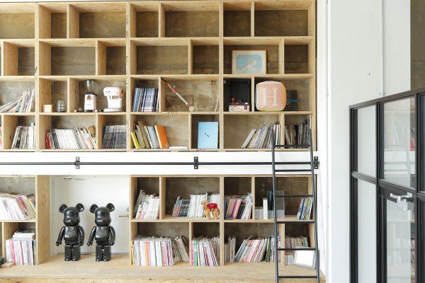 Studio Roaster (スタジオ ロースター)book shelf