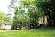 UNION HOUSE(ユニオンハウス):一面、芝生
