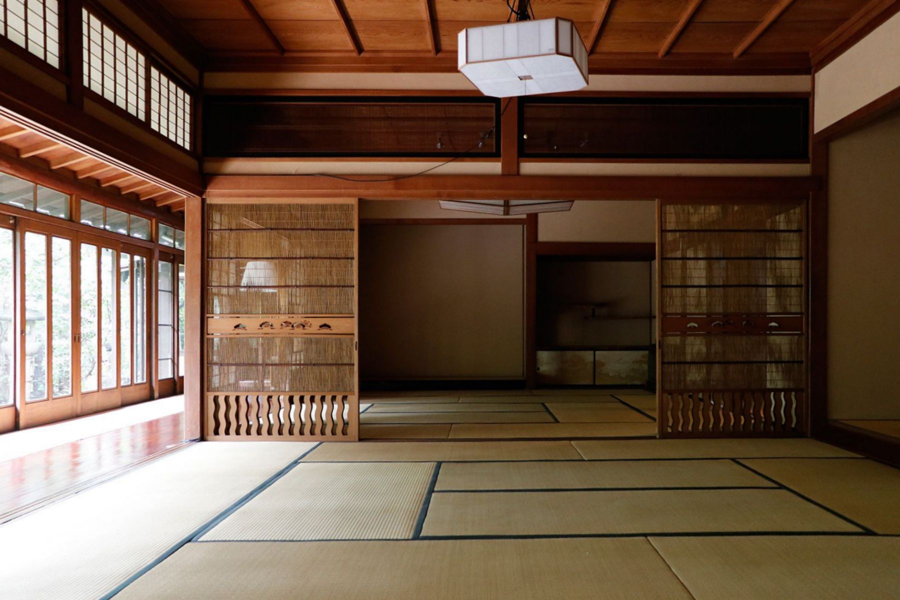 昭和の家(しょうわのいえ)和室CからA