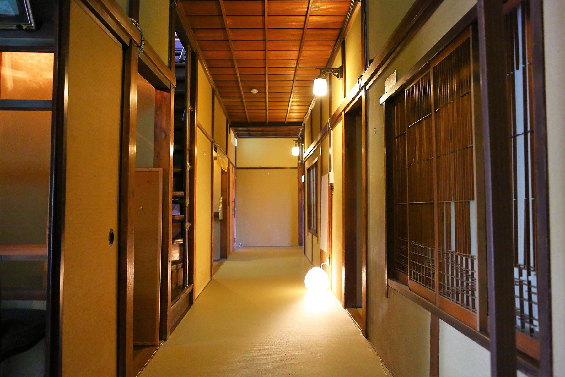 旅館 喜多屋 (キタヤ)1階廊下