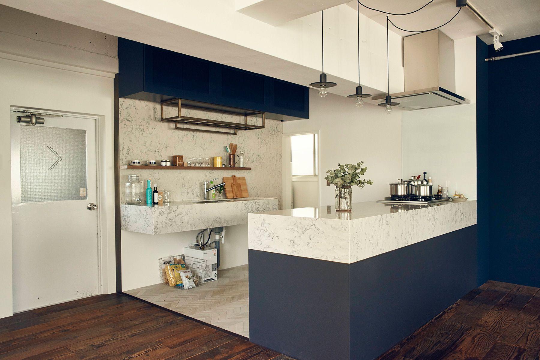 AROUND THE CORNER (アラウンド ザ コーナー)動きやすい配置のキッチン