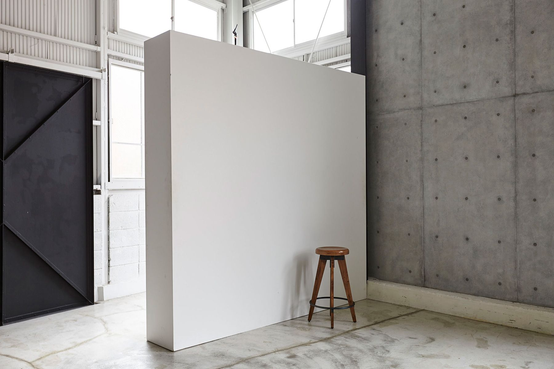 Studio I-AM (スタジオ アイアム)可動式壁