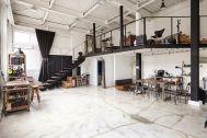 Studio I-AM (スタジオ アイアム):1F