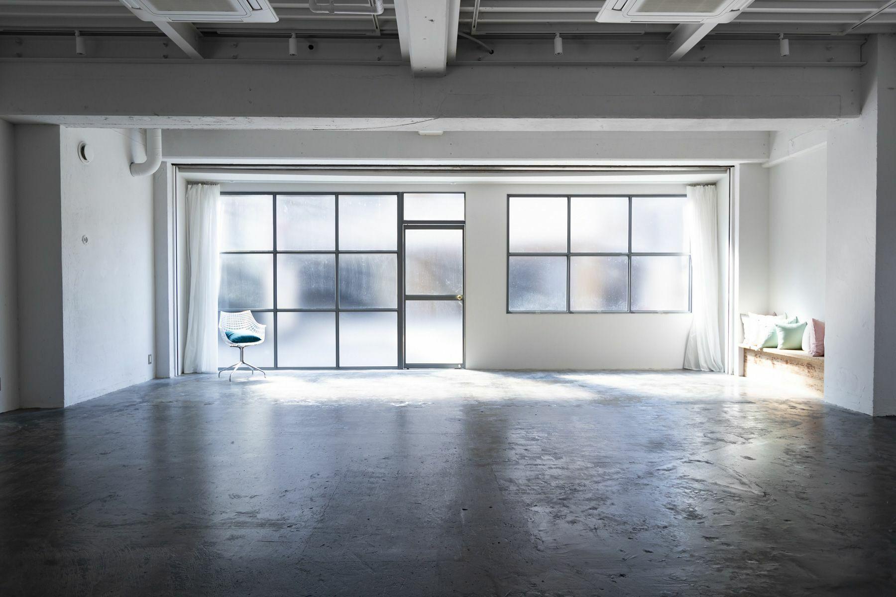 STUDIO SAND 1F(スタジオサンド1F)シックな家具