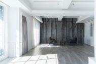Studio TERRANOVA Dst  キッチン+バルコニー  (スタジオテラノヴァ):玄関・メイクルーム / 南東方角