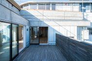 Studio TERRANOVA Dst  キッチン+バルコニー  (スタジオテラノヴァ):格子窓