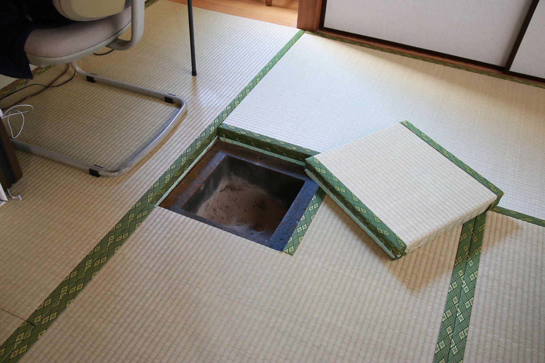kifkif(キフキフ)/個人宅1F 和室 炉もあります