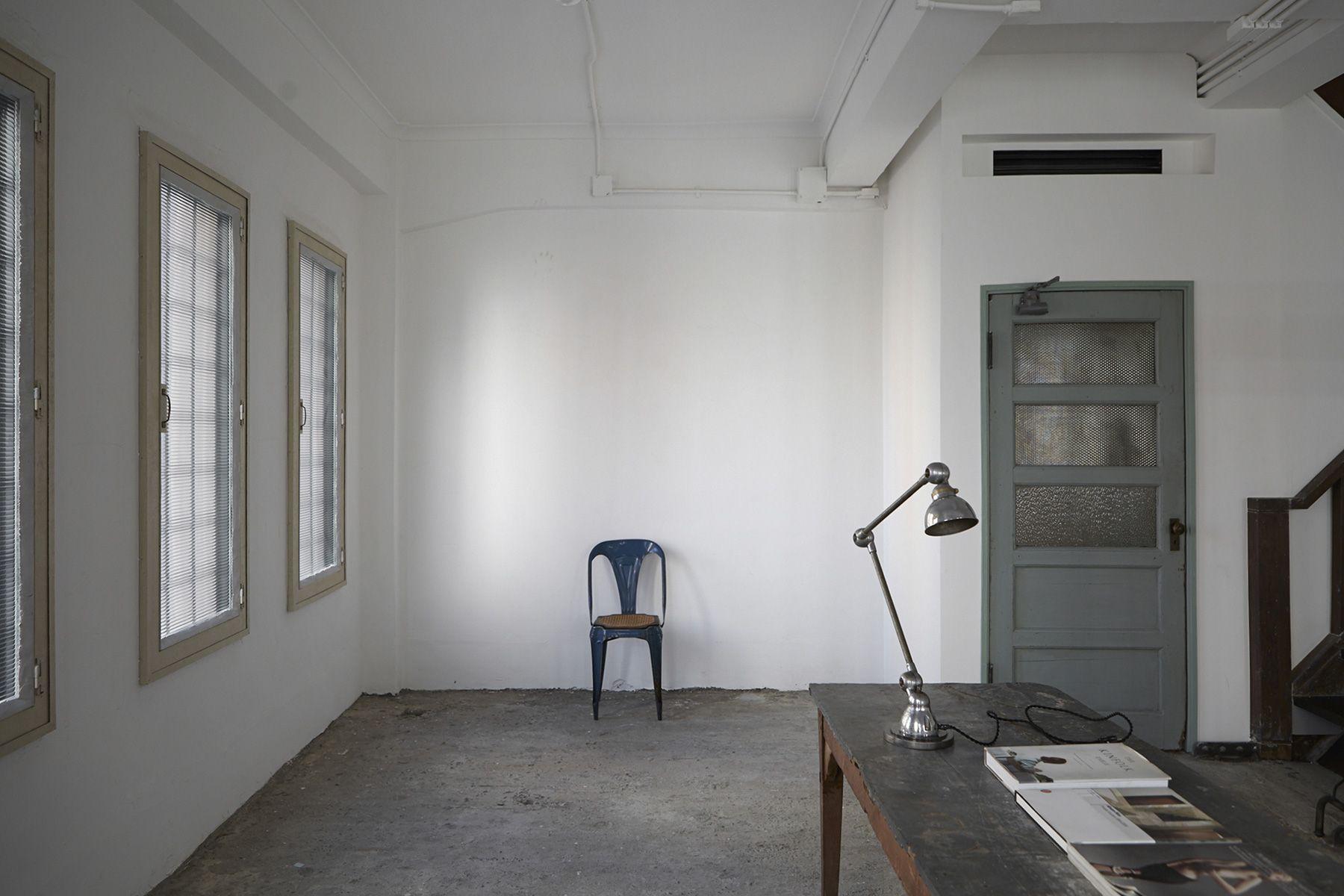 BLANK (ブランク)個性的な昭和建築の内装