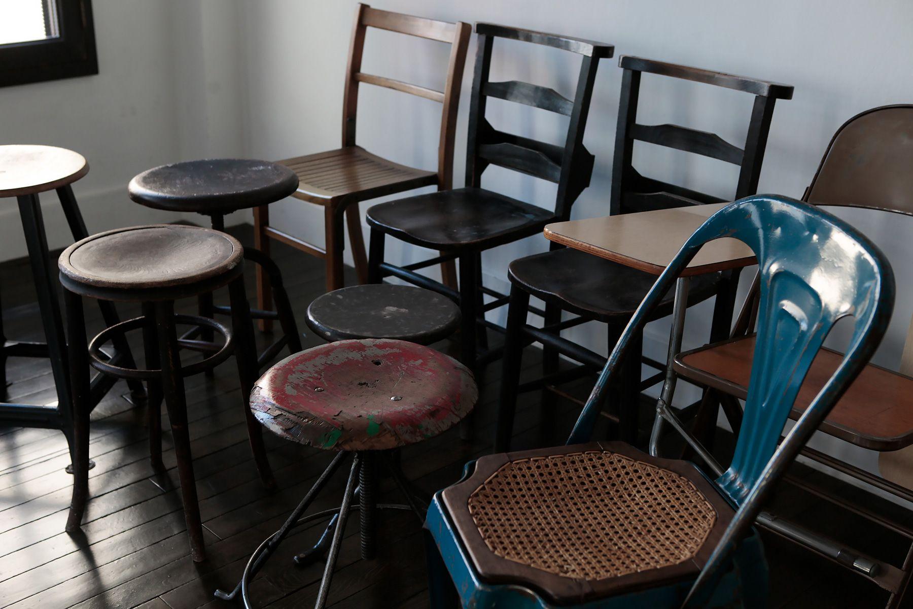 BLANK (ブランク)アンティークの椅子