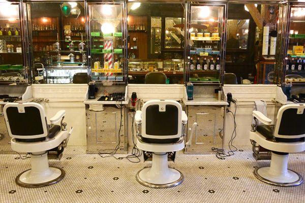 Barber LUDLOW BLUNT (ルドロウ ブラント)画になる映り込み