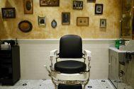 Barber LUDLOW BLUNT (ルドロウ ブラント):壁面を背景
