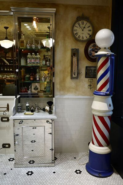 Barber LUDLOW BLUNT (ルドロウ ブラント)BARBERサイン