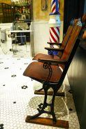 Barber LUDLOW BLUNT (ルドロウ ブラント):玄関付近