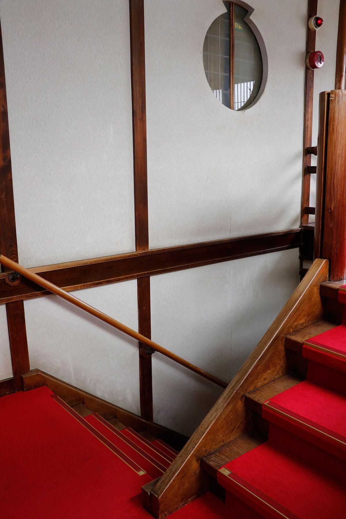 HOMEIKAN 森川別館/旅館 (ホウメイカン)階段