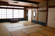 HOMEIKAN 森川別館/旅館 (ホウメイカン):ひので(20畳)窓は北北西